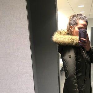 c4a174346 Vince Camuto Faux Fur Trim Hooded Down Parka